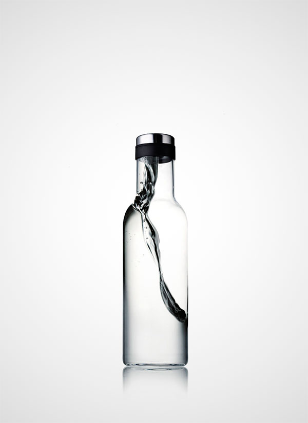 NORM-WATER-BOTTLE-02