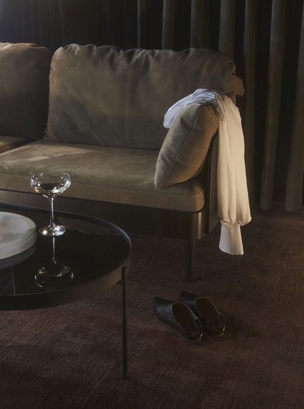 MENU-NoNo-Table,-Septembre-Sofa_WEB_368583