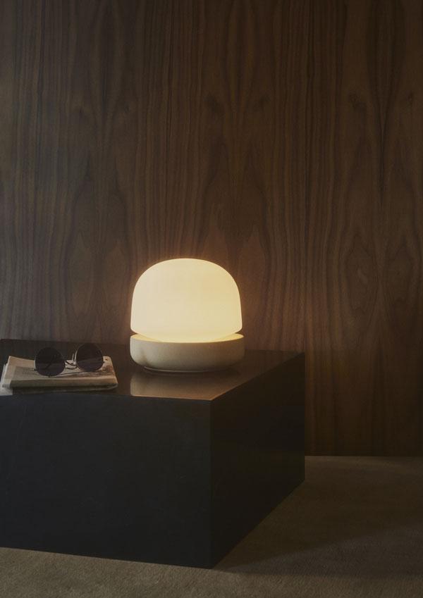 MENU-Stone-Lamp,-Plinth_WEB_368587