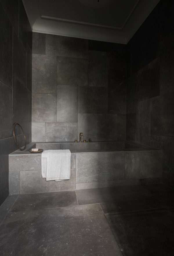 NORM_ARCHITECTS_BATHROOM_1676_WEB