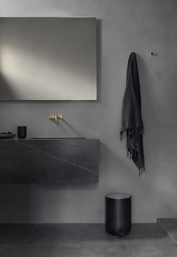 NORM_ARCHITECTS_BATHROOM_RED 15_WEB