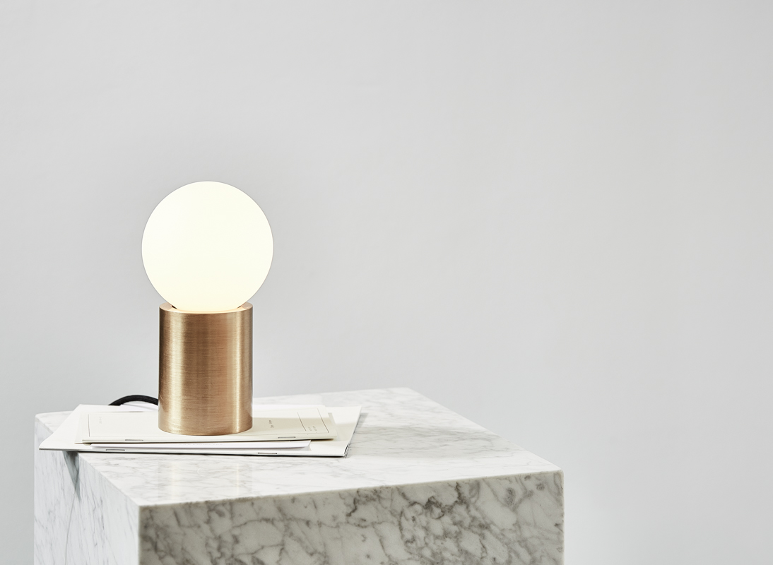 NORM_ARCHITECTS_MENU_OCCASIONAL_SOCKET_LAMP_jpg 5_WEB