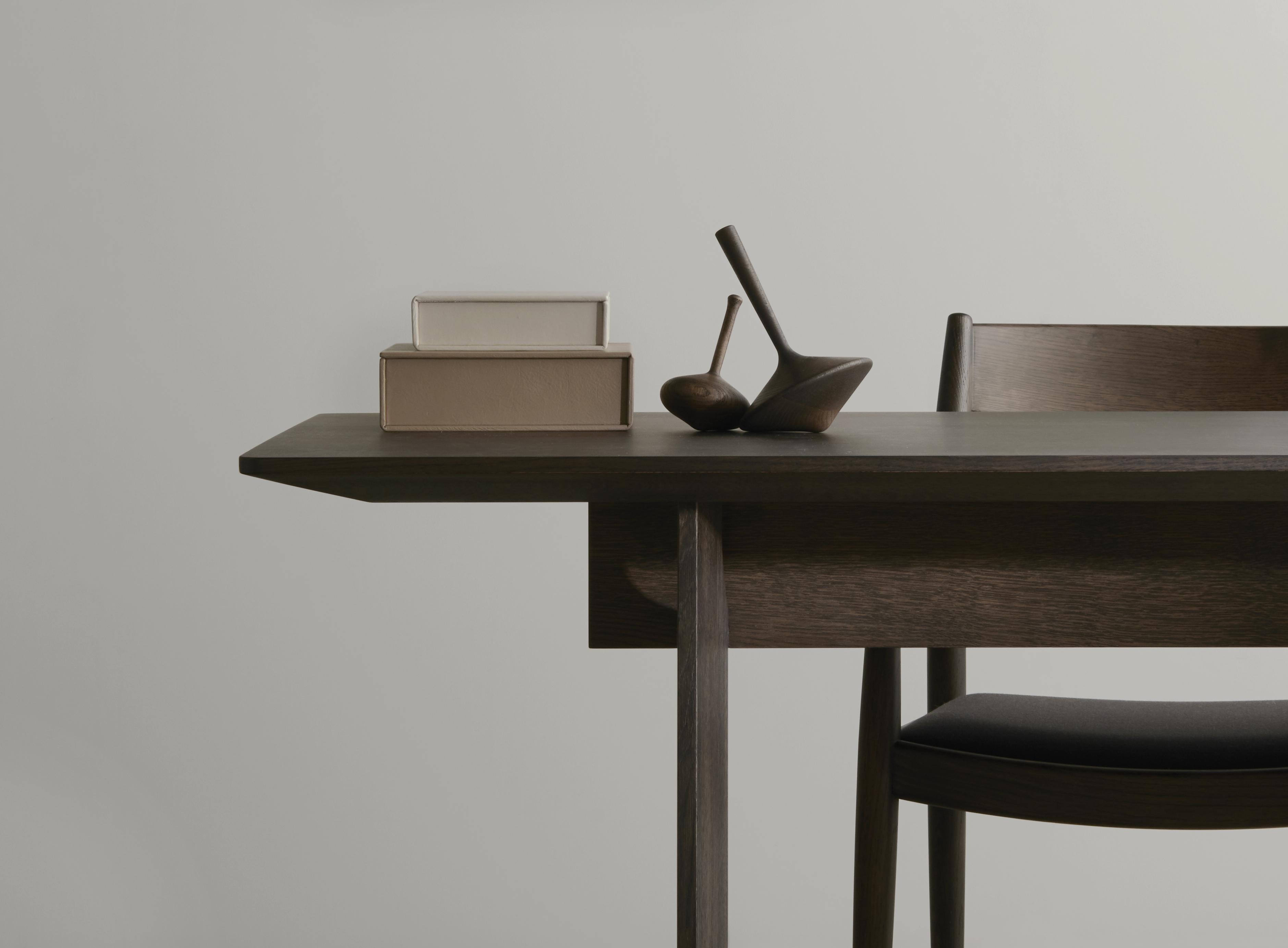 Karimoku Case Study – Axis Gallery, Tokyo